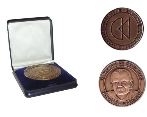 medallie_logo